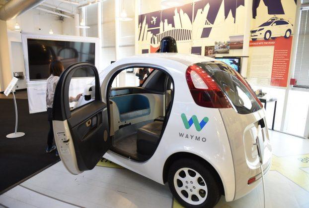 Waymo robot taxi Phoenix